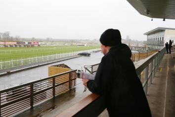National Hunt racing to return at Limerick