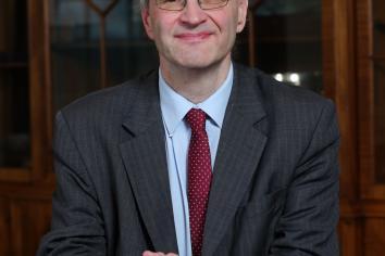 Weir announces free wi-fi scheme for disadvantaged pupils