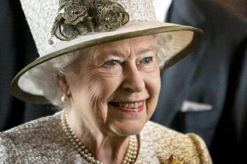 Queen cancels visit to Armagh